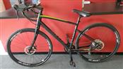 "Giant Revolt ML Men's Gravel Dirt Road Bike - Touring Medium / Large - 28"" Tires"